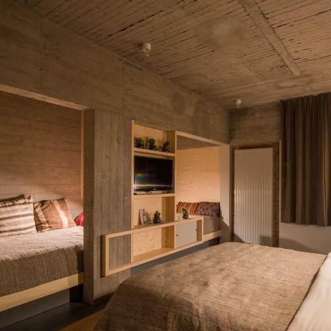 Mega Room Jam Hotel - Olivia Gustot Architectes